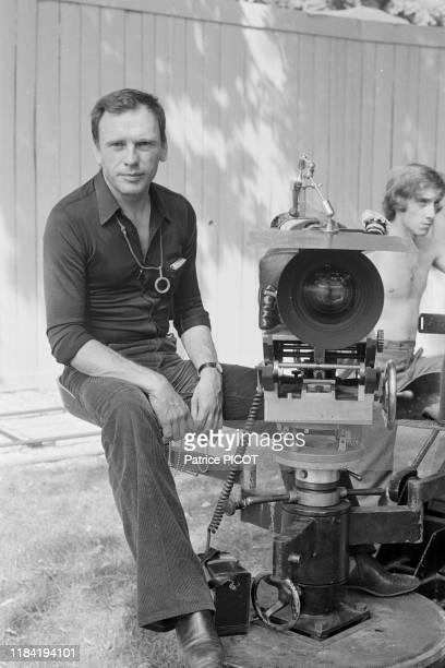 JeanLouis Trintignant sur le tournage du film 'Les Violons du bal' réalisé par Michel Drach 14 aout 1973 à Vichy France