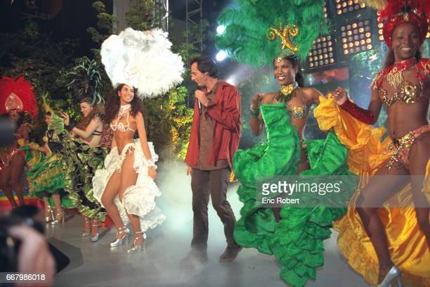 JeanLuc Reichmann with Brazilian dancers