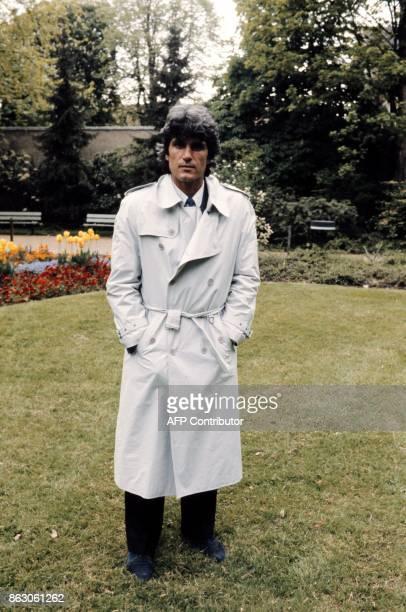JeanMarc Guillou photographie le 03 mai 1983 a Mulhouse JeanMarc Guillou est un ancien footballeur et entraîneur français né le 20 décembre 1945 à...