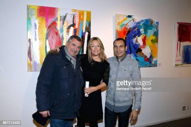 JeanMarie Bigard Caroline Faindt and her companion Zinedine Soualem attend painter Caroline Faindt Exhibition Opening at 'L'Espace Reduit' on...