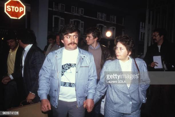JeanMarie Villemin avec son avocat HenriRene Garaud au moment d'une audience relative a l'enquete sur l'assassinat du petit Gregory Villemin le 26...