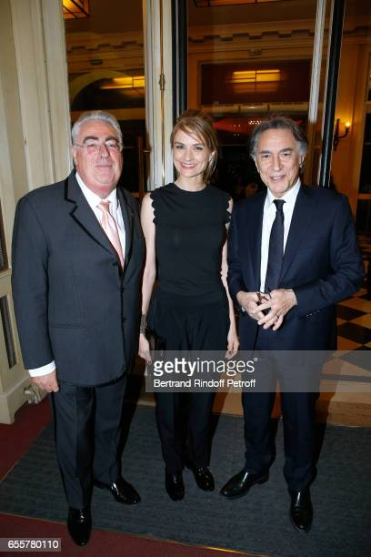 JeanMichel Aubrun Pascale Louange and her companion Richard Berry attend the Enfance Majuscule 2017 Charity Gala for the benefit of abused childhood...