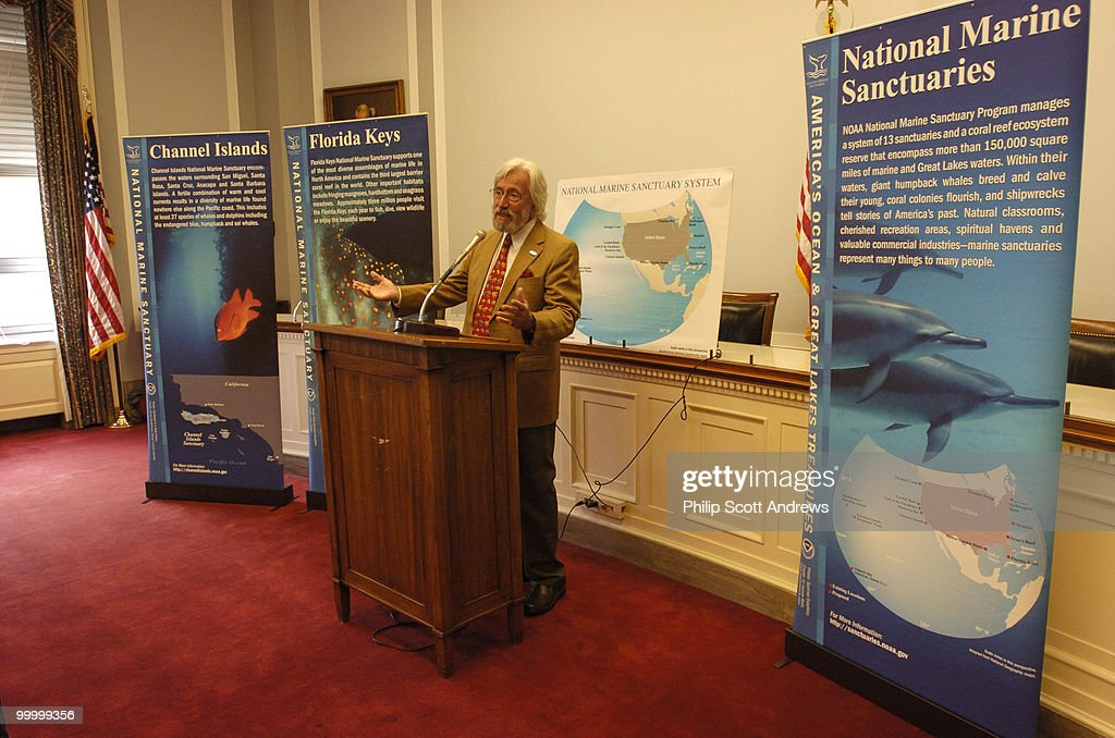 National Marine Sanctuary System : News Photo