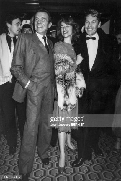 Jean-Michel Jarre, Dirk Bogarde, Charlotte Rampling et Helmut Berger lors du Festival du Film Italien de Nice le 2 décembre 1984, France