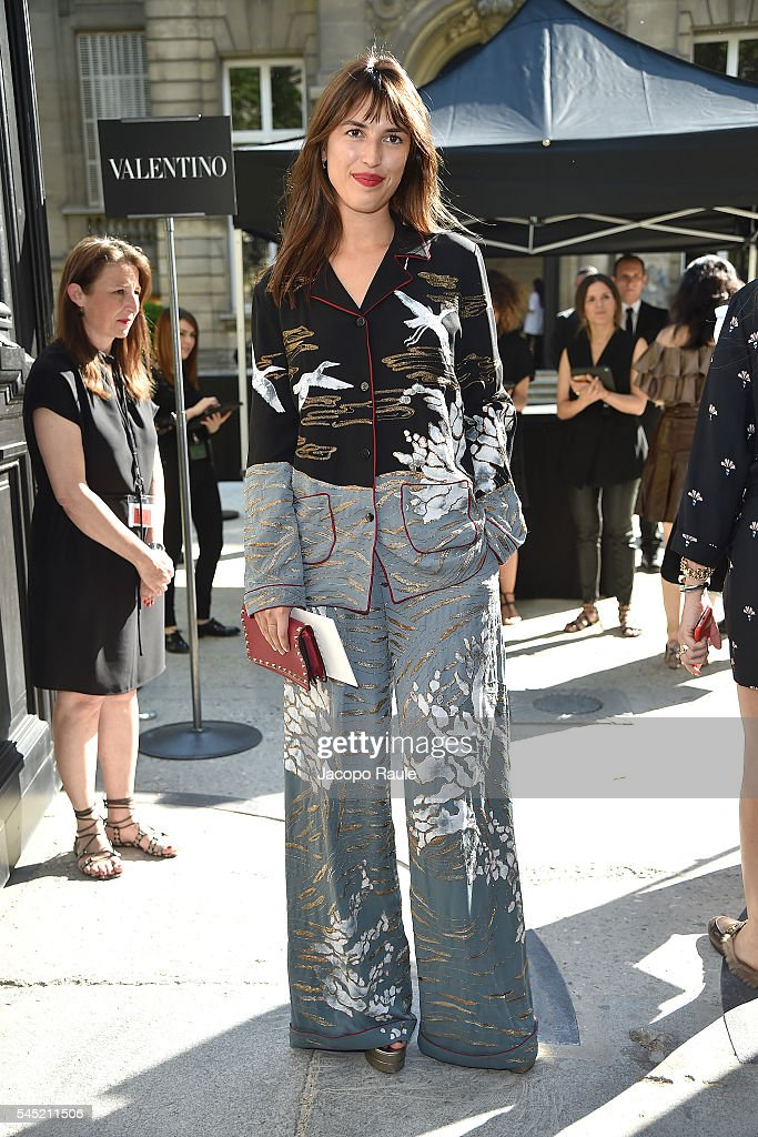 Jeanne Damas arrives at Valentino Fashion Show during Paris Fashion Week : Haute Couture F/W 2016-2017 on July 6, 2016 in Paris, France.