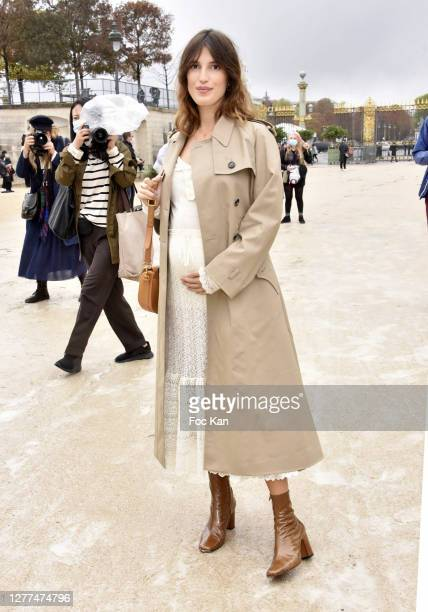 Jeanne Damas attends the Dior Womenswear Spring/Summer 2021show as part of Paris Fashion Week on September 29, 2020 in Paris, France.