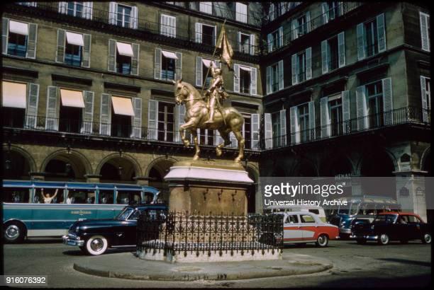 Jeanne d'Arc Sculpture Place des Pyramides Paris France 1961