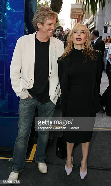 Jeanne Mas and a friend arrive at the premiere of Michael Mann's film 'Collateral' in Paris