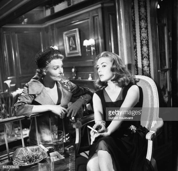 Jeanne Moreau and Simone Renant on the set of Les liaisons dangereuses directed by Roger Vadim.