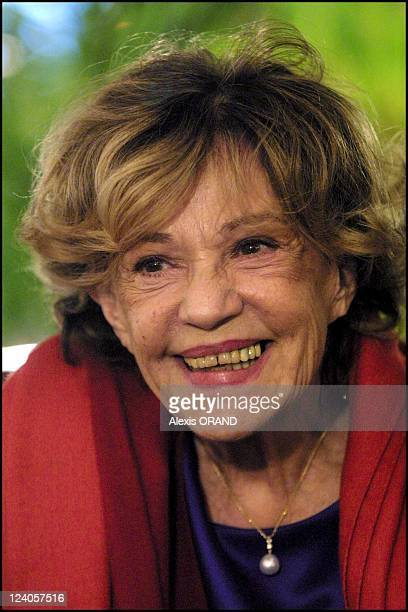 Jeanne Moreau presents her new film 'Cet Amour' directed by Jose Dayan in Lyon France on January 14 2002