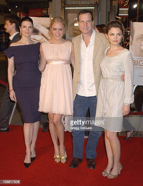 Jeanne Tripplehorn Chloe Sevigny Bill Paxton and Ginnifer Goodwin