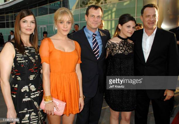 Jeanne Tripplehorn, Chloe Sevigny, Bill Paxton, Ginnifer Goodwin and Tom Hanks, executive producer
