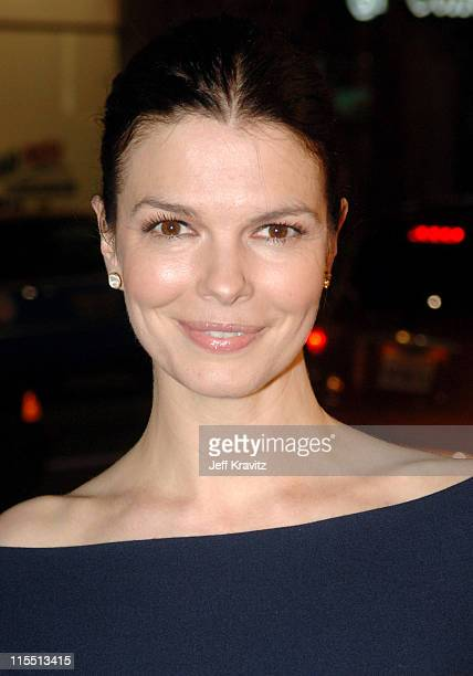 Jeanne Tripplehorn during HBO Original Series Big Love Premiere Red Carpet at Grauman's Chinese Theater in Hollywood California United States