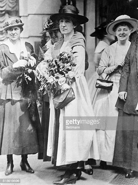 Jeannette Rankin Standing with Suffragists