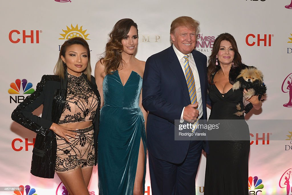 The 63rd Annual Miss Universe Pageant Red Carpet : News Photo