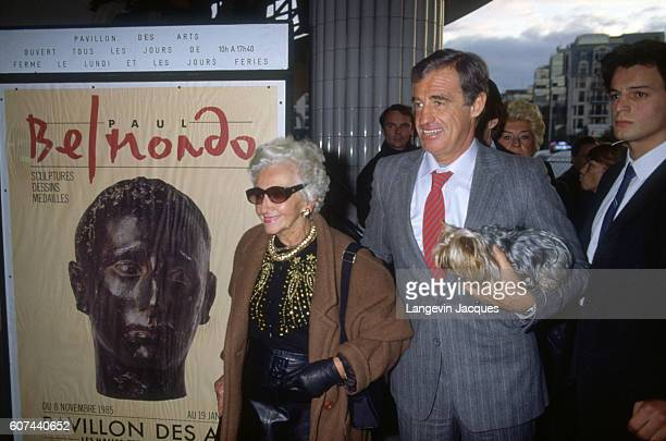 JeanPaul Belmondo and his mother open a sculpture exhibition for his father Paul Belmondo's sculpture at Forum des Halles in Paris on November 7 1985...