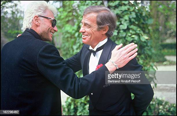 JeanPaul Belmondo at his daughter Patricia's wedding in 1986 with Johnny Hallyday