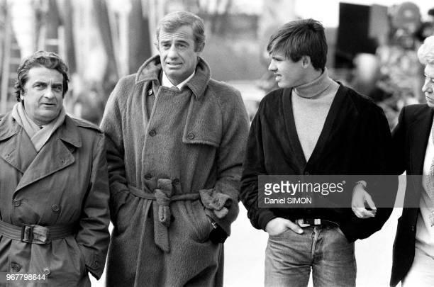 JeanPaul Belmondo avec son frère le producteur Alain Belmondo et son fils Paul le 30 avril 1982 à Munich Allemagnel
