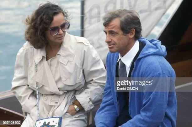 JeanPaul Belmondo et sa compagne Laura Antonelli dans les années 70