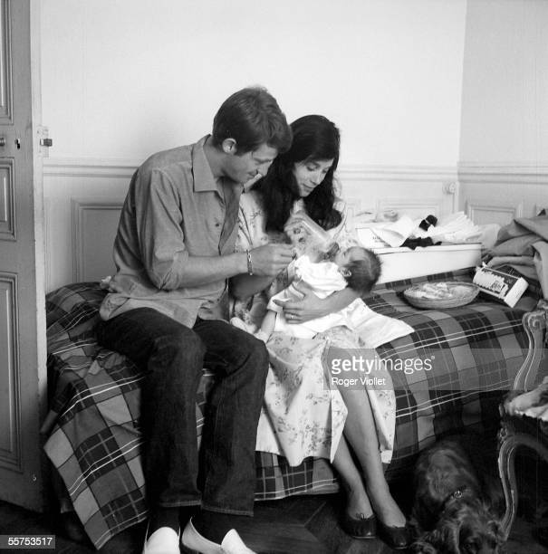JeanPaul Belmondo his wife and their daughter Patricia Paris July 1959 ADR38705