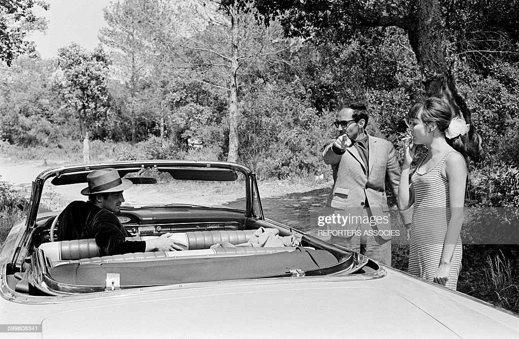On The Set Of The Movie 'Pierrot Le Fou' Directed By Jean-Luc Godard : News Photo
