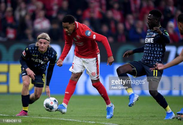 Jean-Paul Boëtius of 1.FSV Mainz 05 scores their first goal the Bundesliga match between 1. FSV Mainz 05 and 1. FC Koeln at Opel Arena on October 25,...