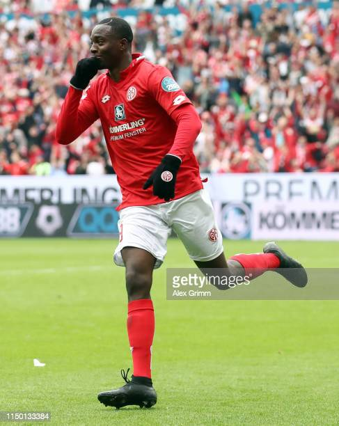 Jean-Philippe Mateta of Mainz celebrates his team's fourth goal during the Bundesliga match between 1. FSV Mainz 05 and TSG 1899 Hoffenheim at Opel...