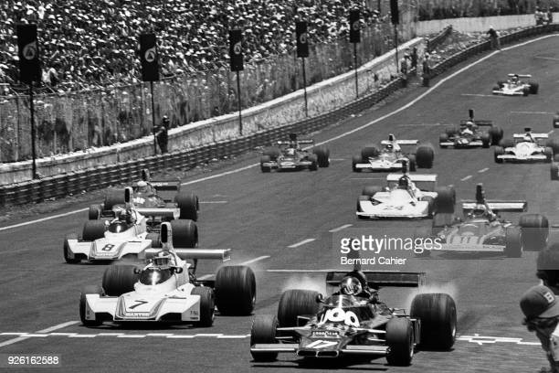 Jean-Pierre Jarier, Carlos Reutemann, Shadow-Ford DN5, Brabham-Ford BT44B, Grand Prix of Brazil, Interlagos, 26 January 1975. Jean-Pierre Jarier,...