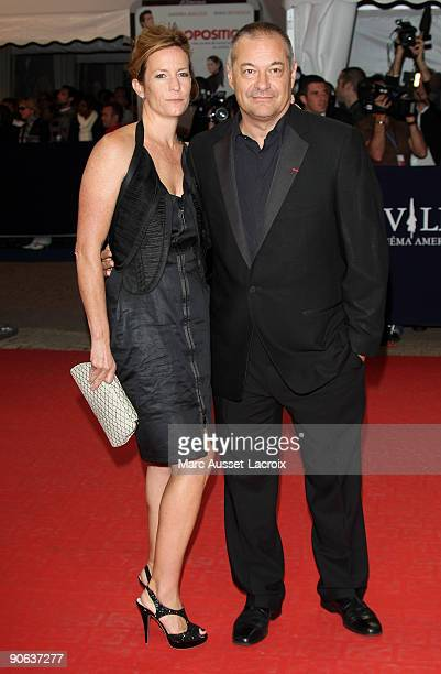 JeanPierre Jeunet and his wife attend the screening of the movie 'The proposal' at the 35th US film festival in Deauville on September 12 France