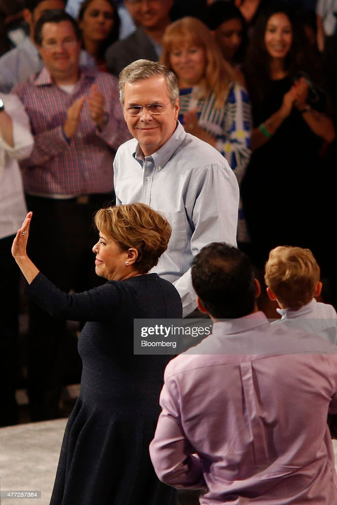 Former Florida Governor Jeb Bush To Announce Presidential Campaign Plans : News Photo