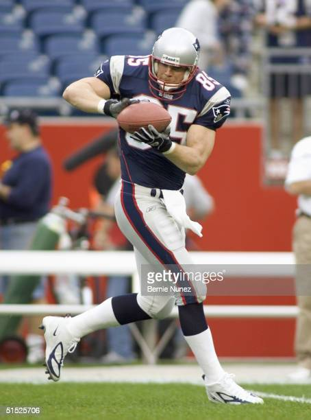 Jed Weaver of the New England Patriots catching a pass prior to the game against the Miami Dolphins at Gillette Stadium on October 10, 2004 in...
