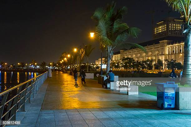 jeddah corniche at nigh - jiddah stock pictures, royalty-free photos & images
