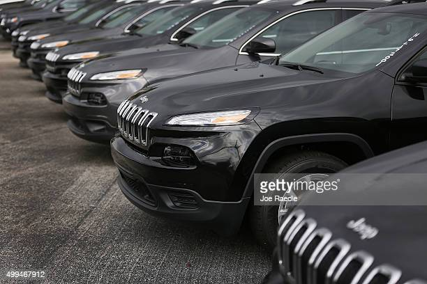 hollywood comes a hybrid tax pacifica with jeep chrysler credit