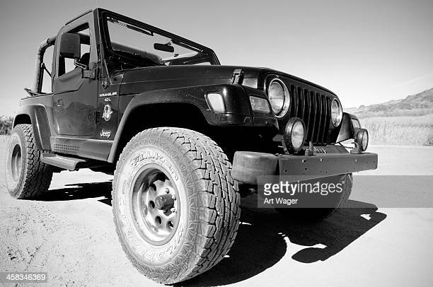 jeep offroad - jeep wrangler stock photos and pictures