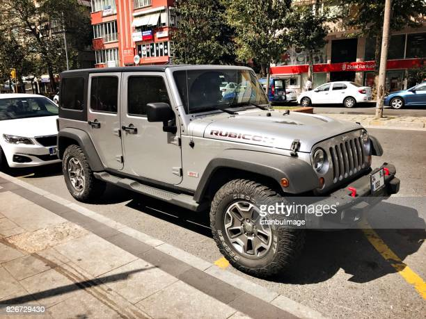 Jeep Rubicon parking in the street
