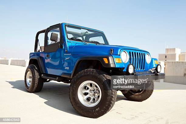 jeep wrangler 2002 - jeep wrangler stock photos and pictures