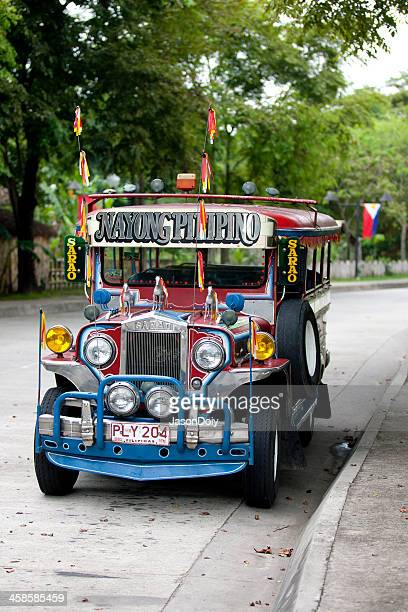jeepney nayong pilipino - jeepney stock pictures, royalty-free photos & images
