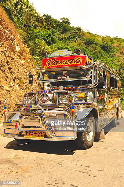 jeepney - jeepney stock pictures, royalty-free photos & images