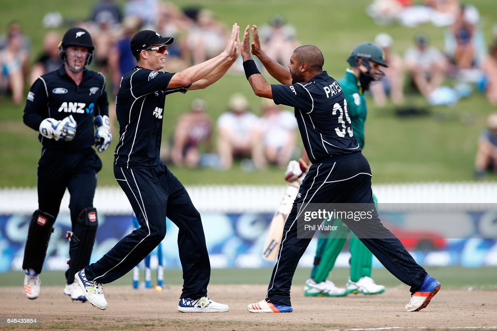 New Zealand v South Africa - 4th ODI