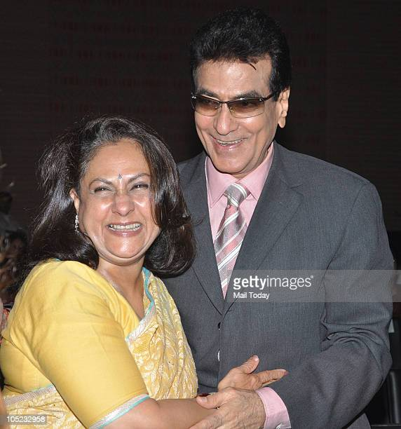 Jeetendra and Jaya Bachchan at the Harmony awards in Mumbai on October 7 2010