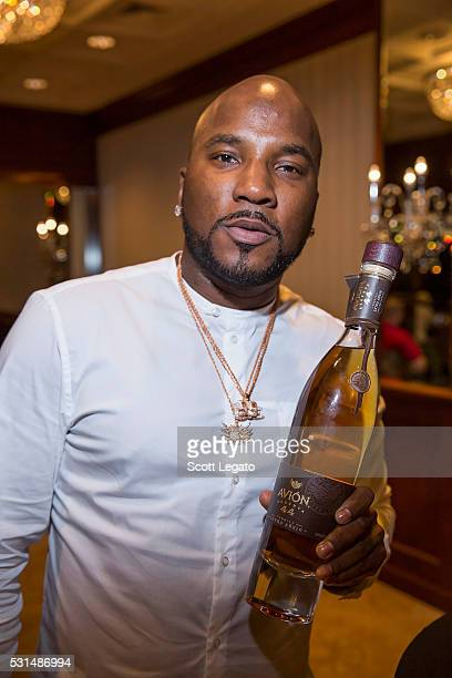 Jeezy poses with bottle of Avion Reserva 44 at the Tequila Avion Celebrates Jeezy private dinner at the Townsend Hotel on May 14 2016 in Birmingham...