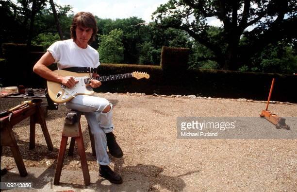 Jeff Beck at home UK 1989