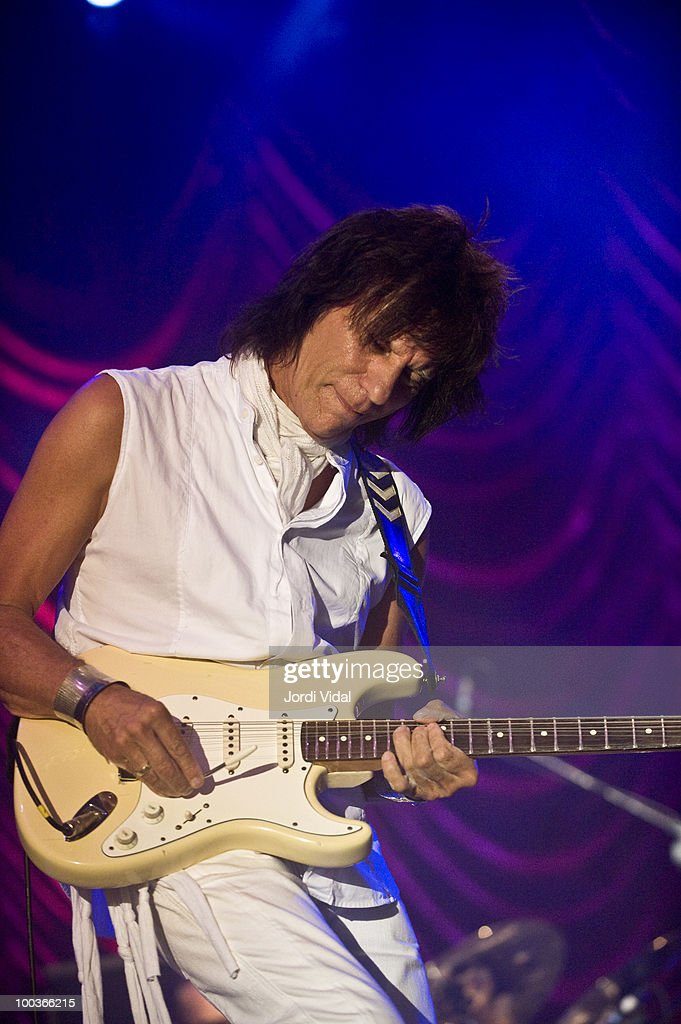 Jeff Beck performs on stage at Poble Espanyol on July 22, 2009 in Barcelona, Spain.