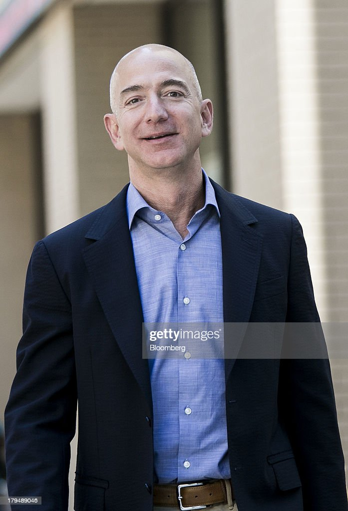 New Washington Post Owner Jeff Bezos Addresses Newsroom : News Photo