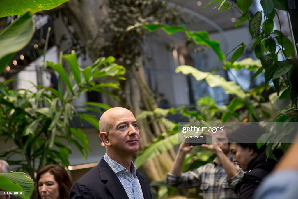 Amazon Chief Executive Officer Jeff Bezos Tours The Spheres On Opening Day : News Photo
