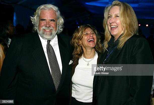 Jeff Blake Amy Pascal and Betty Thomas at the premiere of I Spy at the Cinerama Dome in Hollywood Ca Wednesday Oct 23 2002 Photo by Kevin...