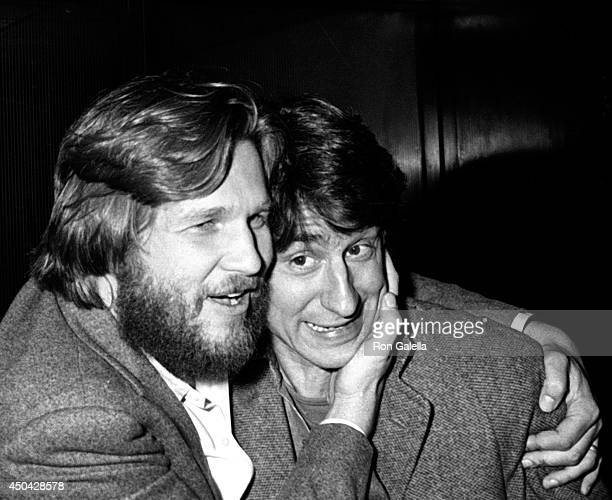 Jeff Bridges and Sam Waterston attend the premiere of Heaven's Gate on November 18 1980 at Cinema I in New York City