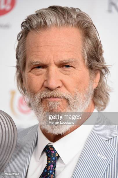 Jeff Bridges attends the 143rd Kentucky Derby at Churchill Downs on May 6 2017 in Louisville Kentucky