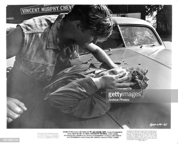 Jeff Bridges beats up Timothy Bottoms in a scene from the film 'The Last Picture Show' 1971