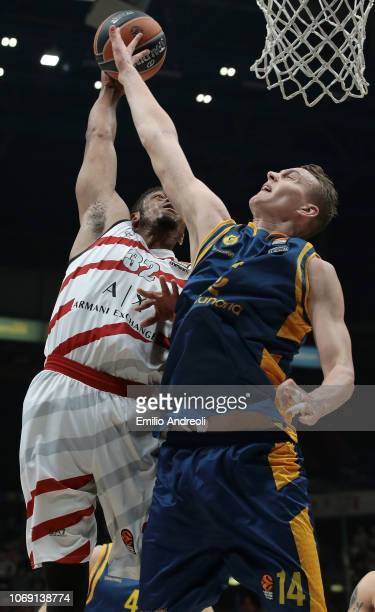 Jeff Brooks of AX Armani Exchange Olimpia Milan attemps a dunk against Anzejs Pasecniks of Herbalife Gran Canaria during the Turkish Airlines...